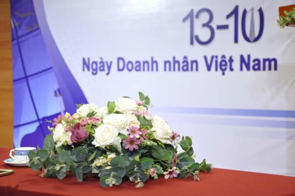 doanh nhan viet nam. Công ty CP Đầu tư và Công Nghệ Ninja chúc mừng ngày Doanh Nhân Việt Nam